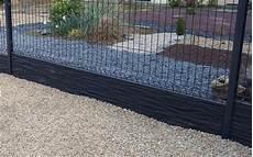 poteau cloture beton pas cher bordure beton pour cloture dalle b ton 1 2 chaperonn e
