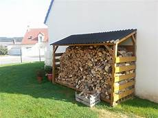 construire un abri buches en bois b 251 cher de montage do it yourself bosch au