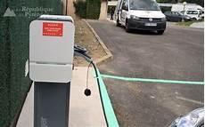 équipement obligatoire voiture des 233 lectriciens qualifi 233 s dans l installation de bornes