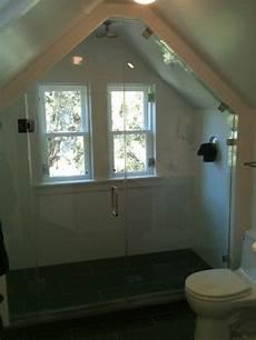 Low Ceiling Attic Bathroom Ideas by Best 25 Attic Shower Ideas On Attic Bathroom