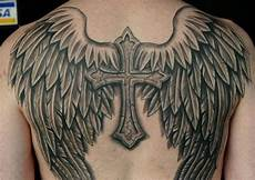 tatouage ailes dos tatouage dos homme ailes mod 232 les et exemples