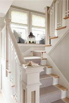 deco pour escalier le tapis pour escalier en 52 photos inspirantes tapis