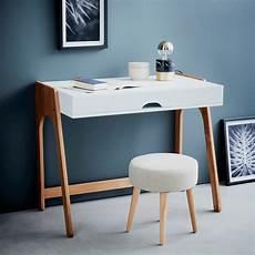 bureau en bois blanc avec plateau relevable duc