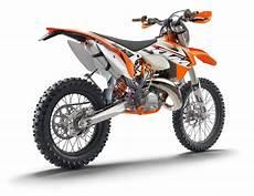 ktm 125 enduro ktm ktm 125 enduro sport moto zombiedrive