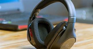 How To Connect Headphones A TV  Digital Trends