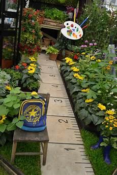 diy garden ideas that will add artistic note do it