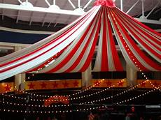 Circus Decoration Ideas For Carnivals Currymantra