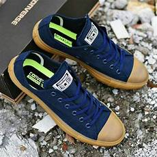sepatu converseall star navy gum color cl 008 omsepatu com