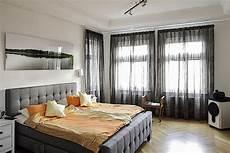 gardinen schlafzimmer grau moderne schlafzimmer gardinen raumausstatter berlin