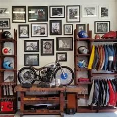 Shelves And Frames Motorradgarage Traumgarage Und