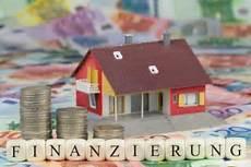 Haus Kaufen Wie Finanzieren - baufinanzierung sparen f 252 r haus und heim