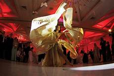 entertainment ideas for a unique wedding reception unique wedding entertainment ideas