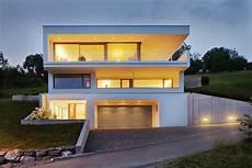 Garage Im Keller Einfahrt by Einfamilienhaus Hanghaus Klaus Modern Edelstahlpool