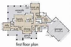 farrowing house plans cottage house plan with 3 bedrooms and 3 5 baths plan 2044