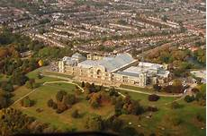 file alexandra palace from air 2009 jpg wikimedia commons