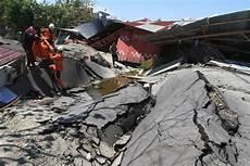 422 Sekolah Rusak Akibat Bencana Gempa Dan Tsunami Di