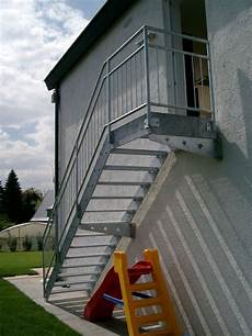 Treppengeländer Außen Verzinkt - bohnert schlosserei und stahlbau in achern wagshurst