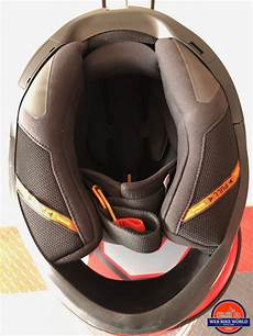 schuberth r2 helmet on review