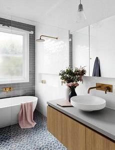 décorer salle de bain foto ba 241 o con tina y cancel de vidrio 281507 habitissimo