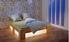 Bett Kopfteil Mit Beleuchtung Selber Bauen - doppelbett selber bauen anleitung hornbach