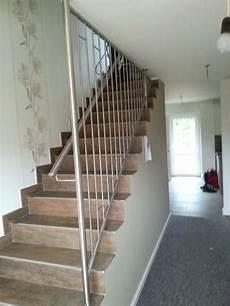 treppengeländer innen modern moderne treppen holz glas stahl beton sillertreppen treppengelander modern faltwerktreppe innen