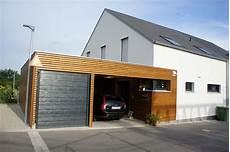 modernes holzhaus satteldach einfamilienhaus modern holzhaus satteldach garage mit