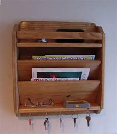 Halter Holz - 18 quot handcrafted mail organizer phone key rack holder