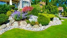 Summer Landscaping Tips Spencer S Tree And Landscape