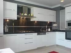 mutfak dolab1 beyaz mutfak dolabı modelleri 214 nerileri ve fikirleri