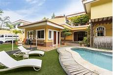 rental homes near me with pools house info