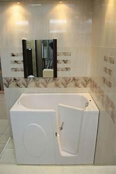 farbe für badewanne 55 prima vorschl 228 ge f 252 r badewannen mit t 252 r