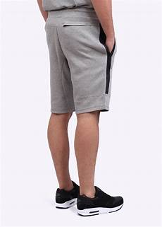 nike tech fleece shorts grey