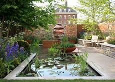 chelsea flower show 2018 chelsea flower show 2018 the silent pool gin garden the frustrated gardener