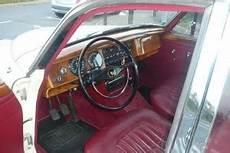 pieces detachees jaguar mk2 jaguar mk2 blanche 1961 interieur classic car