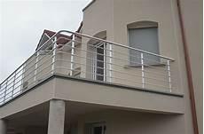 garde corps extérieur aluminium caract 233 ristiques et avantages des garde corps en aluminium