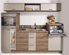 Kleine Küche Kaufen - die besten 25 kleine k 252 chenzeile ideen auf