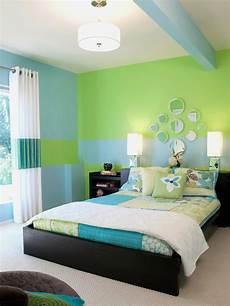 lila schlafzimmer lila schlafzimmer kamin zimmer einrichten coole jungs