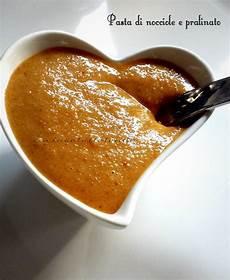 pasta di nocciole bimby pasta di nocciole e pralinato con il bimby cucinaatuttotondo ricette nocciola cibo