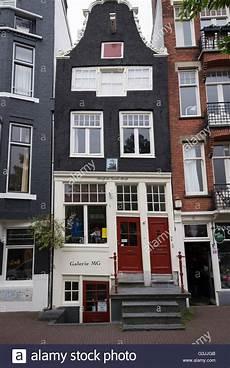 haus kaufen amsterdam eine typische schiefe haus in amsterdam niederlande