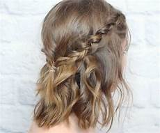 10 quick holiday hairstyles for short hair thegoodstuff