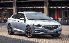 new opel insignia criticized for rubbery manual gearbox