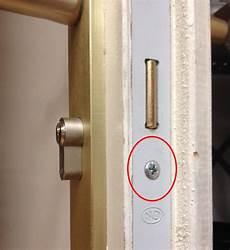 changer le cylindre d une serrure changer cylindre serrure porte blind 233 e l artisanat et l