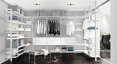 kleiderschrank mit regal begehbarer kleiderschrank planen kaufen regalraum