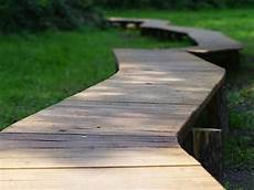 Gartenweg Aus Holz - kostenloses bild auf pixabay weg holzweg gartenweg