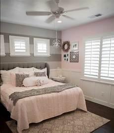 peinture pour chambre adulte 1001 conseils et id 233 es pour une chambre en et gris