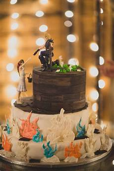 Gamer Wedding Ideas gamer wedding cake pictures photos and images for