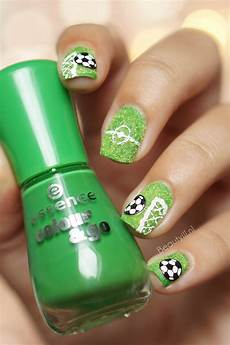 20 awesome football themed nail designs and arts