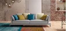 divano con cuscini cuscini per divano bianco ww36 187 regardsdefemmes
