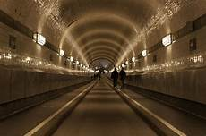 Alter Elbtunnel Hamburg - alter elbtunnel hamburg 2019 all you need to