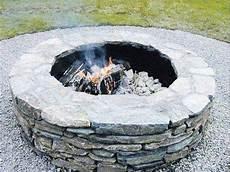feuerstelle selber bauen feuerstelle im garten selber
